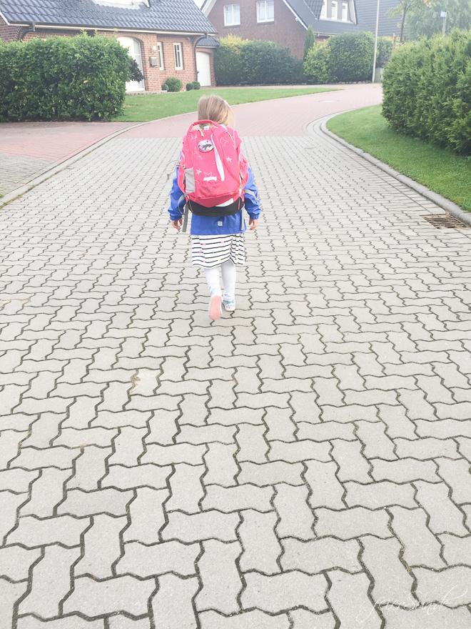 Auf feierSun.de erzähle ich Dir 10 Dinge über die ersten 4 Wochen im Schulkind-Alltag